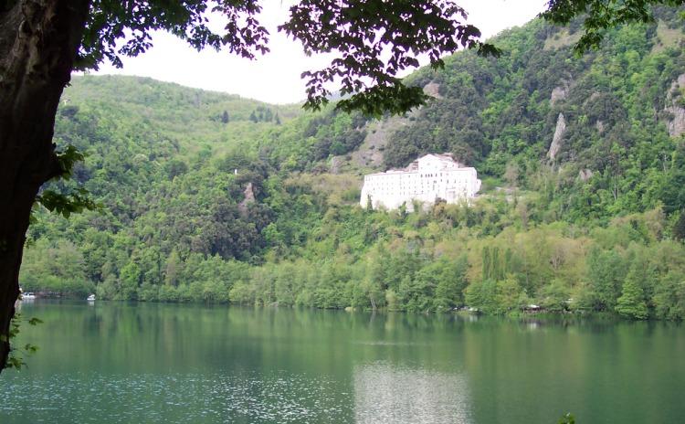 Basilicata - Monticchio Lake