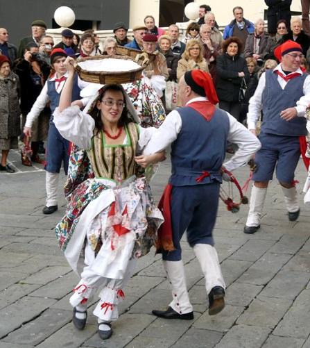 Traditional costumes from Genoa.