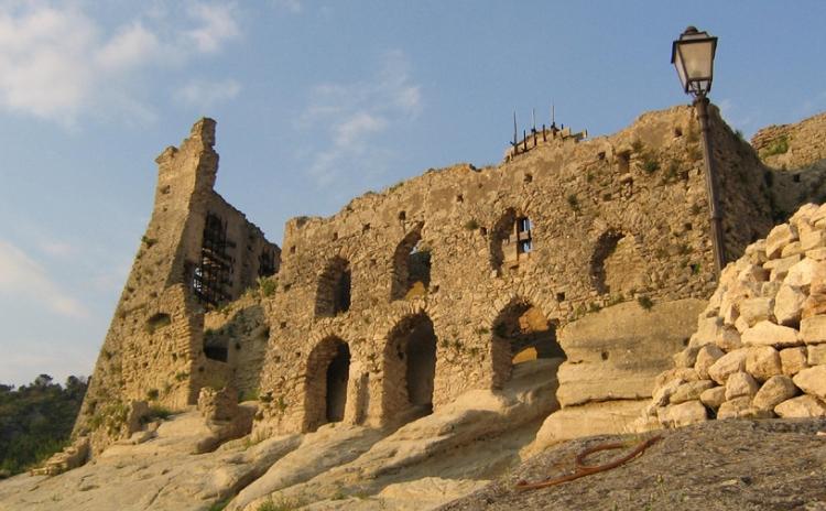 Calabria - Castello di Cleto