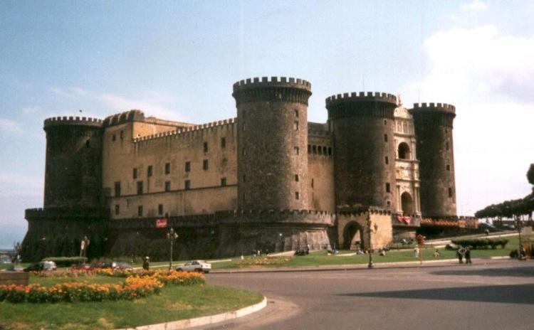 Campania - Napoli, Maschio Angioino
