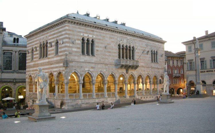Friuli Venezia Giulia - Udine, Loggia di Lionello