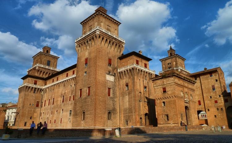 Emilia Romagna - Castello Estense