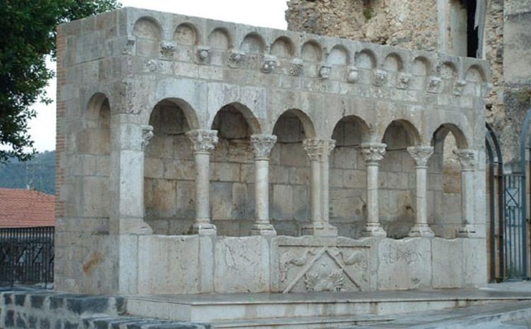 Molise - Fontana Fraterna, Isernia