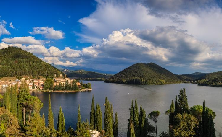 Umbria - Lake Piediluco