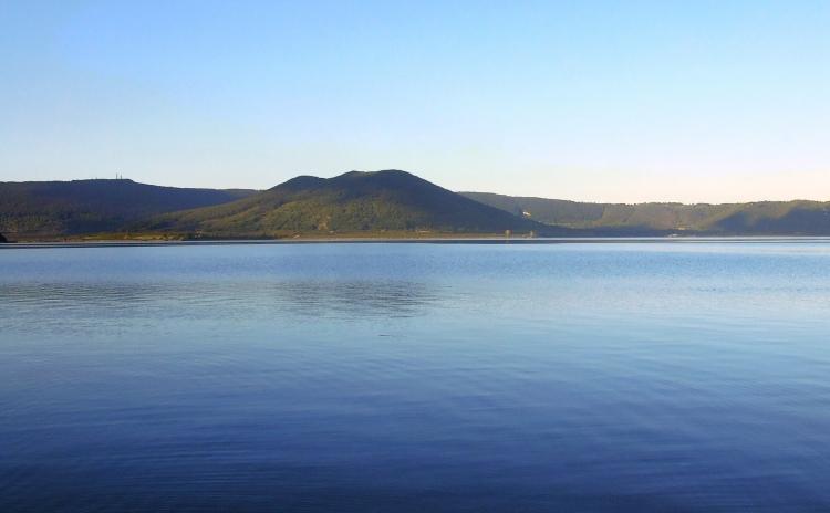 Lazio - Lago di Vico e monte Venere