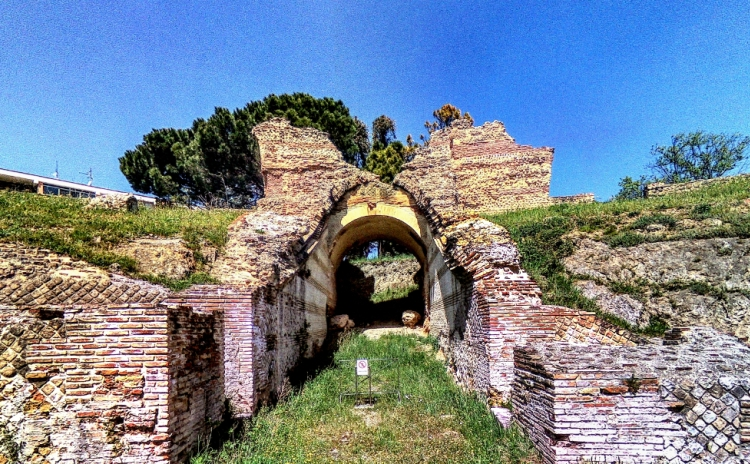 Molise - Anfiteatro di Larino