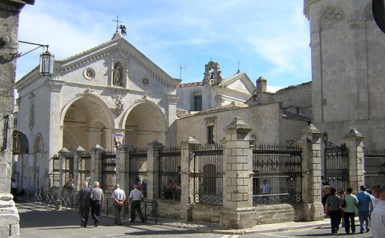 Puglia - Santuario di San Michele Arcangelo