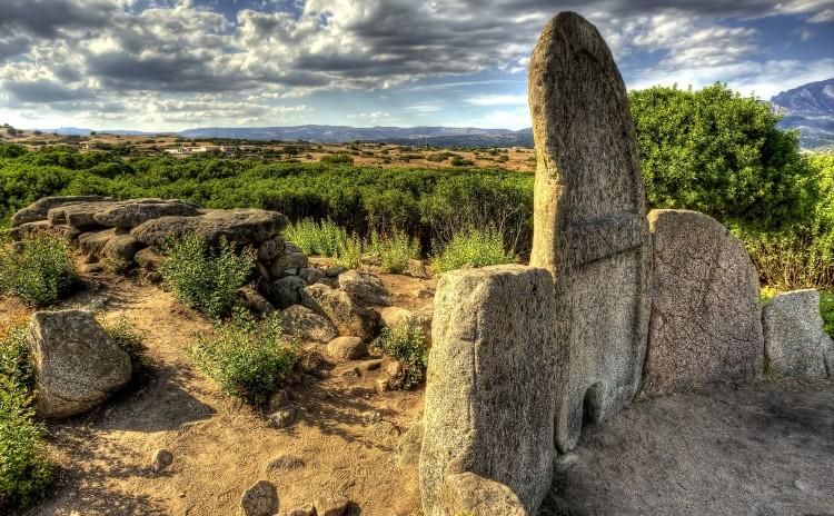 Sardinia - Tomba dei giganti