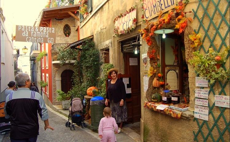 Lungo le antiche Rue - Civitella Roveto