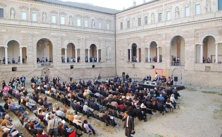 Eventi e mostre in emilia romagna fotografia europea a for Mostre emilia romagna