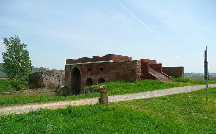 Callone di Valiano - Sentiero della Bonifica - Toscana