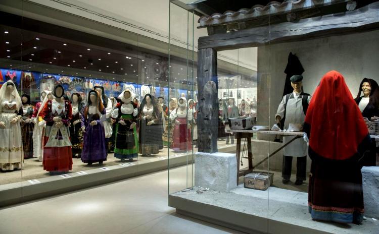 Sardegna - Museo del Costume - Nuoro