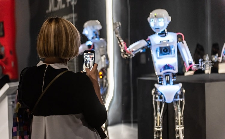 Robot The human project mostra - Lombardia
