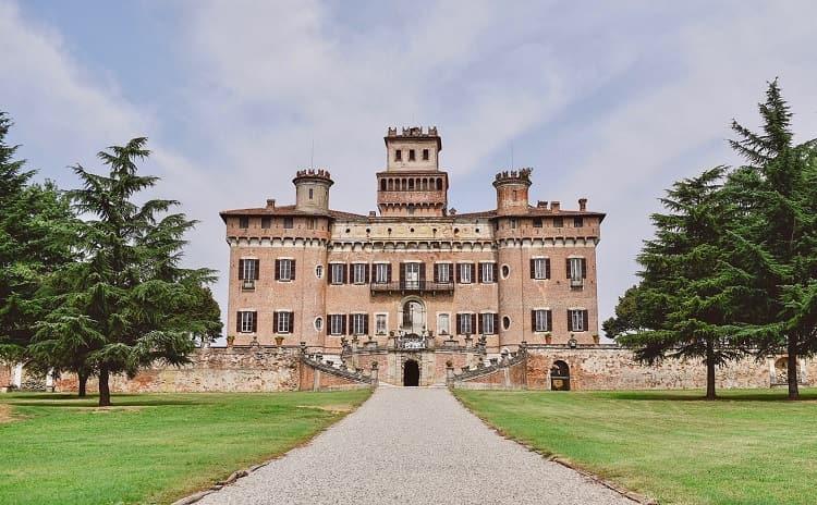 Castello di Chignolo Po - Lombardia